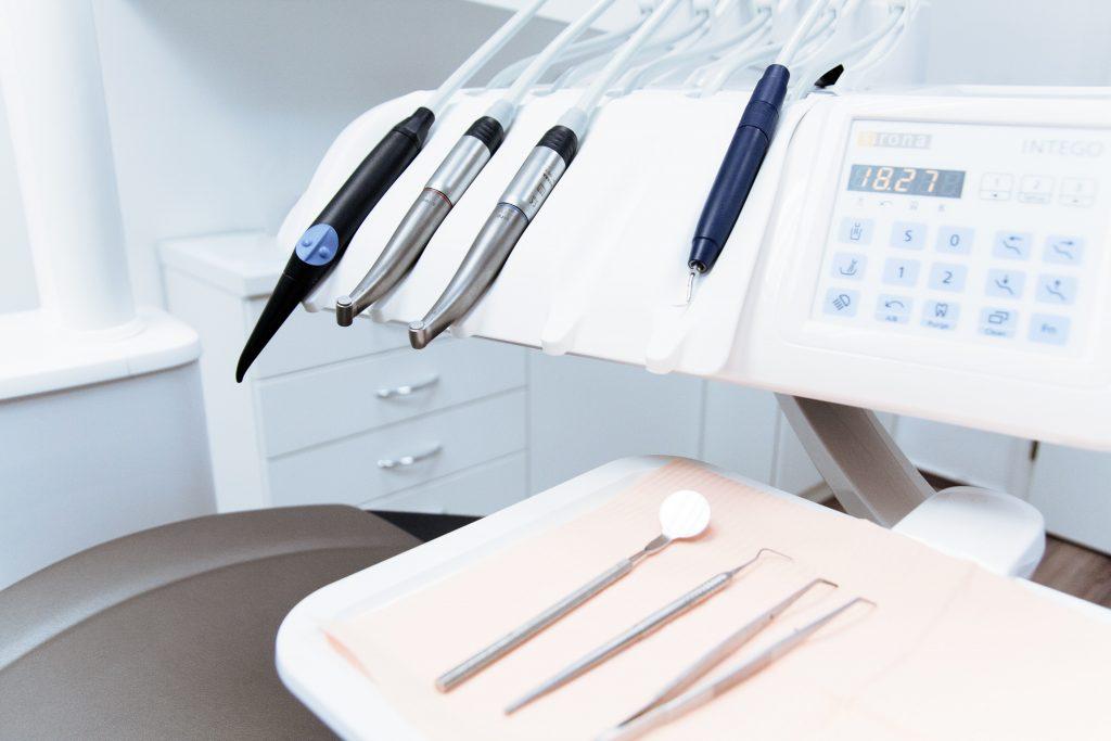 cancelación de un préstamo para un tratamiento dental