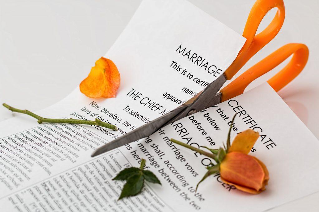 diferencias entre una separación y un divorcio