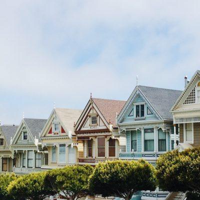 Sentencia sobre cláusula de vencimiento anticipado en hipotecas