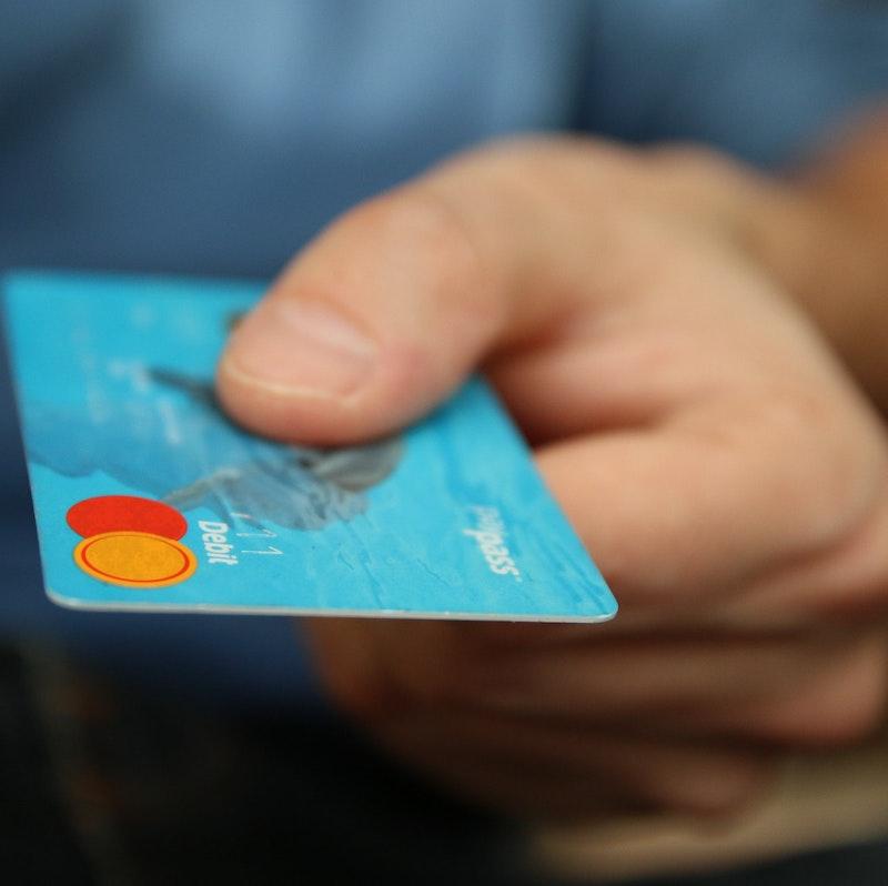 diferencia entre tarjetas revolving y de crédito