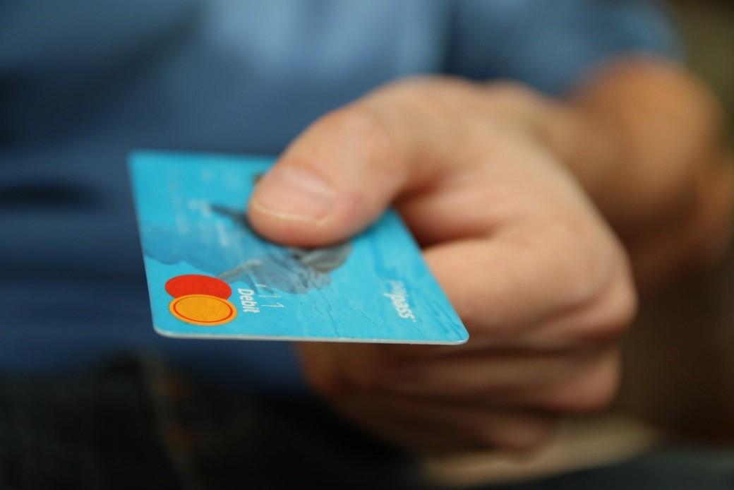 cómo funcionan las tarjetas revolving